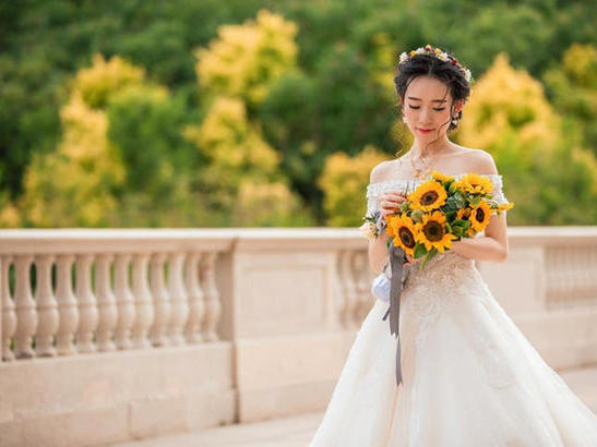新娘出門紗怎麼挑