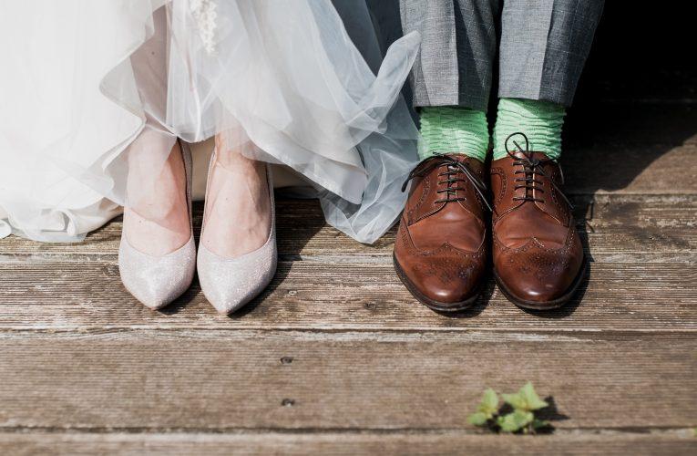 【婚紗款式】冬季婚禮挑選婚紗的7大貼士 保暖而不失美態!