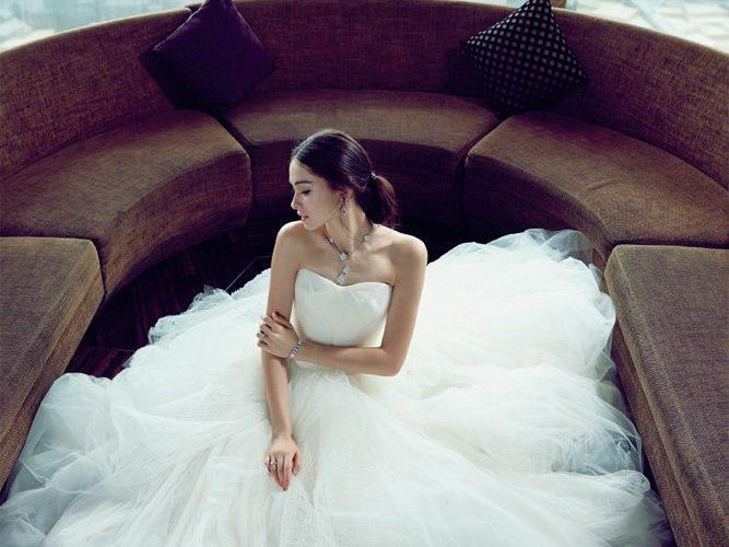 簡單註冊造型也不能少缺一條輕婚紗!多款網購日韓風平價婚紗推介